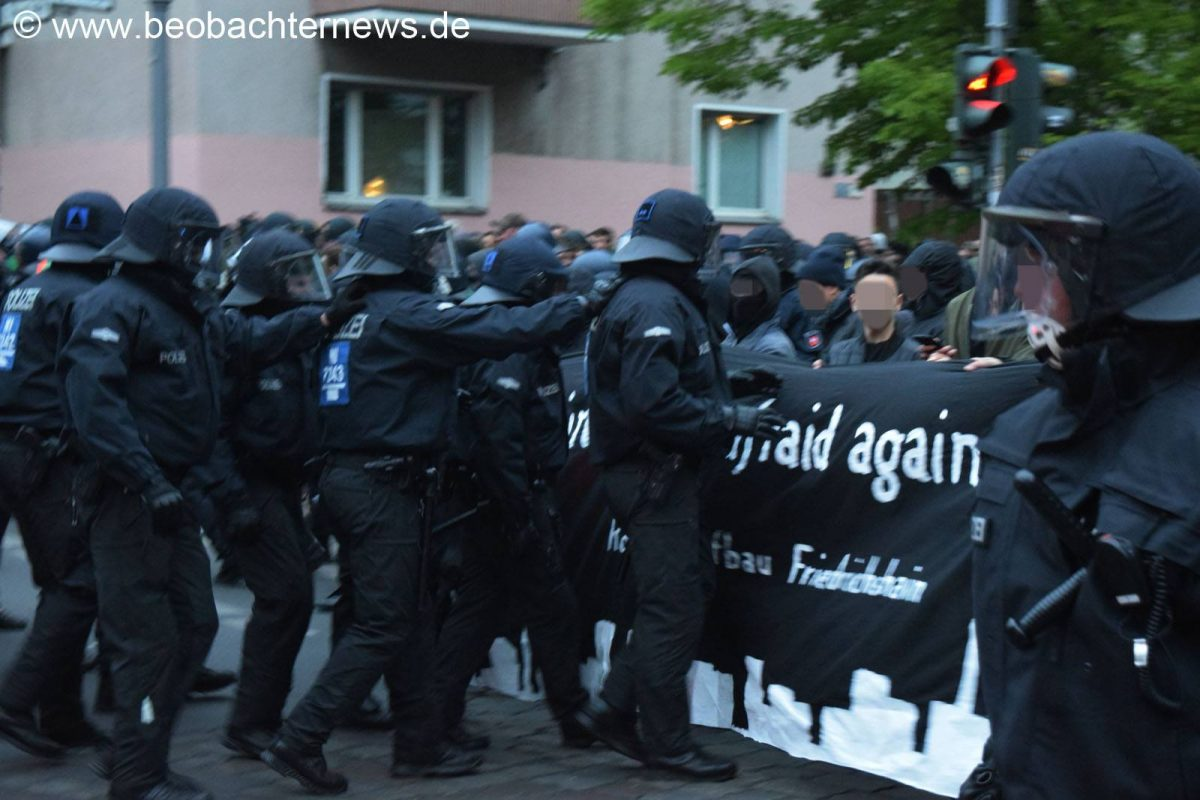Flagge zeigen – Raus zum Revolutionären 1. Mai 2018 in Berlin